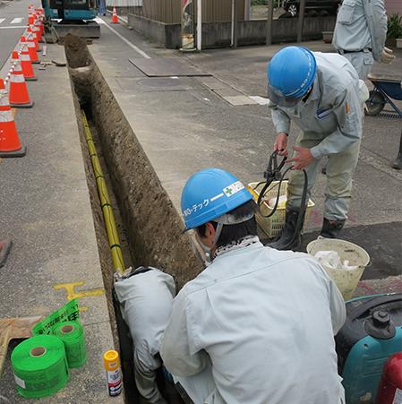 都市ガス・LPガス供給設備、水道工事、消雪設備、舗装工事の設計・施工